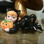 Lefton Halloween Kitty Girl w Pumpkin Figurine