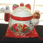 Japanese Maneki Neko Lucky Cat Cookie Jar